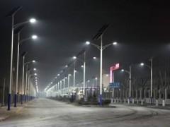 """智慧路灯亮相杭州 路灯将成为未来智慧城市信息互联的""""城市血管"""""""