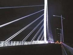 港珠澳大桥桥梁段景观照明工程收尾