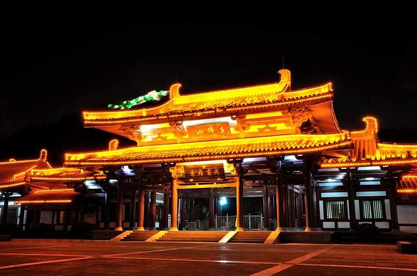 千佛山夜景