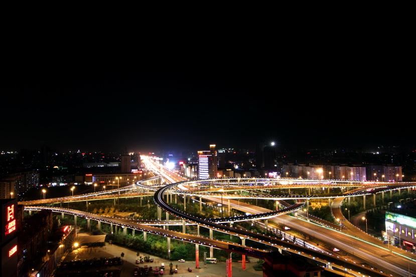 北园高架桥夜景